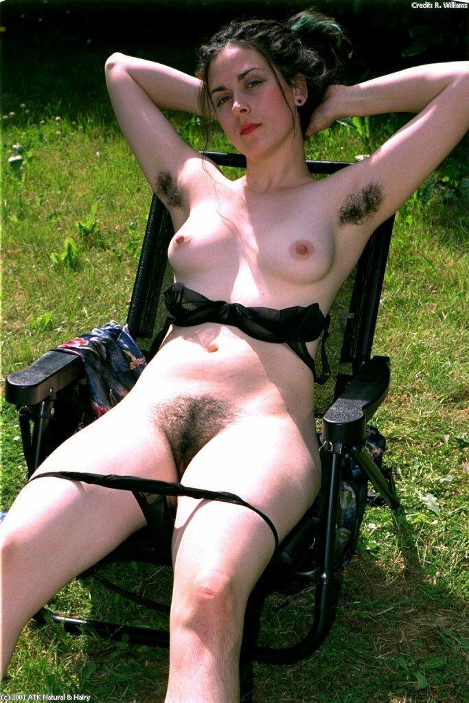 Atk natural hairy christina